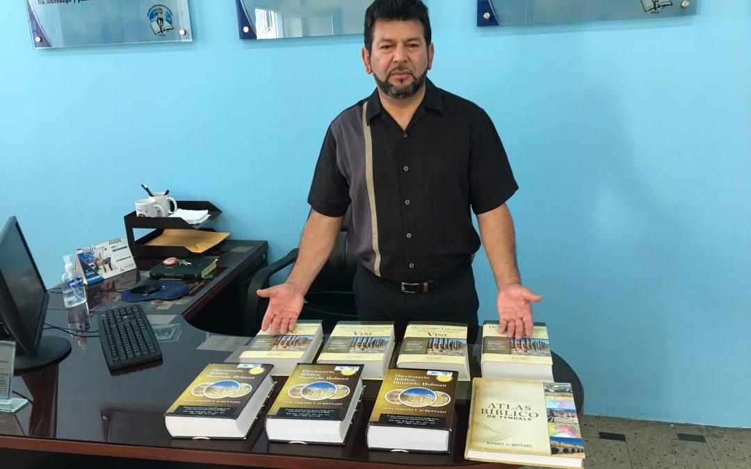 """Thinking Outside the Box""—Strategic Seminary in Ecuador"